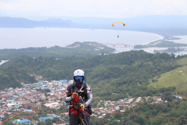 Paralayang Hari Kedua PON Papua 2021