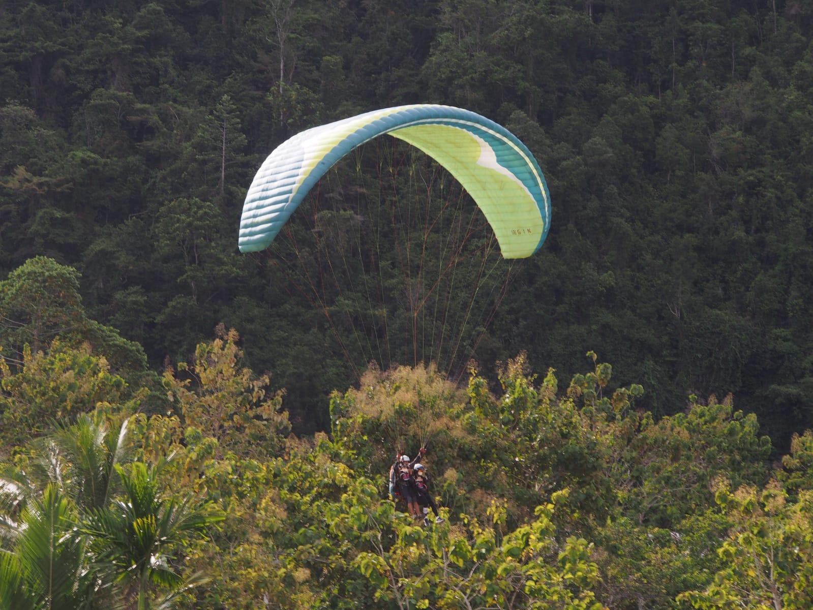 Paralayang Coba Catatkan Rekor MURI di PON Papua 2021